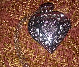 heart clock for review on blog 2.jpg